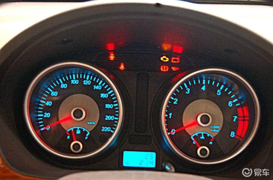 车用仪表别克君威仪表盘汽车里程表维   凯越2008款1.6 lx mt高清图片