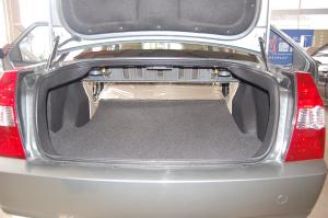 海锋海锋1.5L舒适型 三厢 07款空间图片