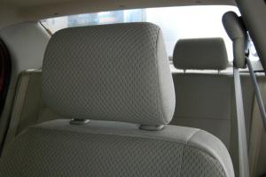 威志两厢驾驶员头枕图片