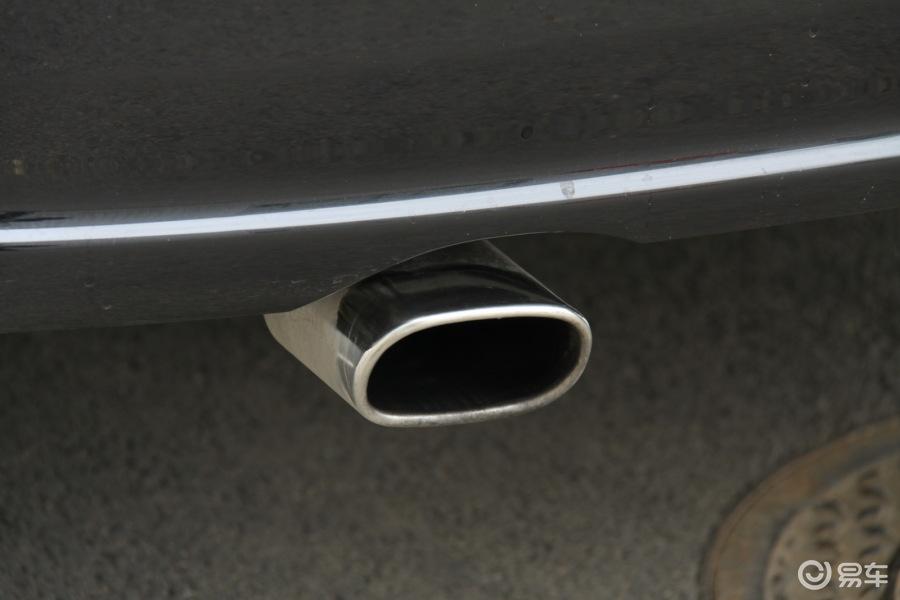 朗逸2010款1.4tsi运动版排气管 排气管装饰高清图片