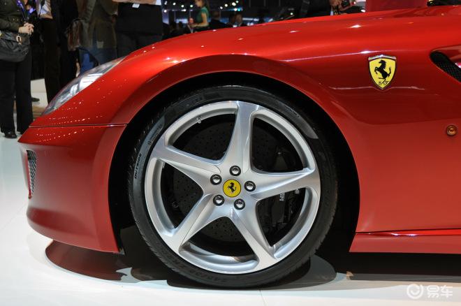 法拉利599敞篷版高清图片