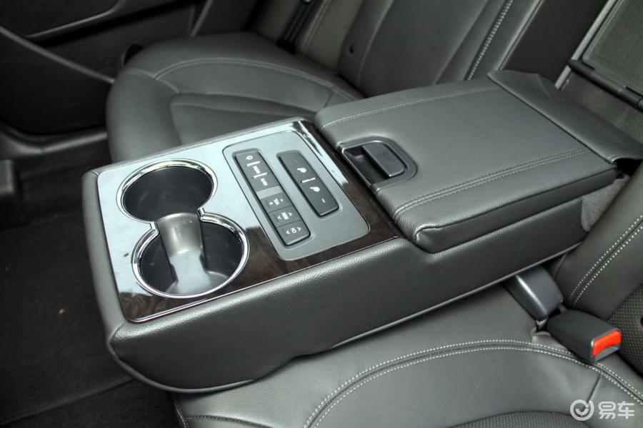 起亚k52011款2.4topat内饰汽车图片汽车图片大全