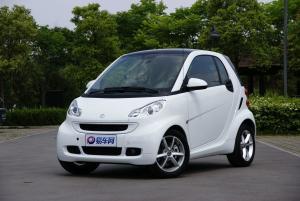 smart fortwo(进口) 2011款 1.0L 自动 MHD硬顶激情版52kw