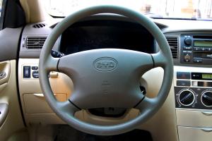 比亚迪F3R方向盘图片