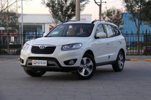 现代 全新胜达(进口) 2012款 2.4L 自动 7座四驱至尊版
