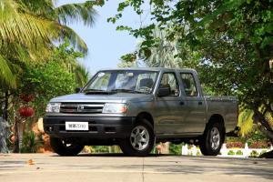 东风·郑州日产 锐骐皮卡 2010款 3.0T 手动 柴油两驱标准型CYQD80-E3