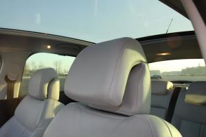 标致3008(进口)驾驶员头枕图片