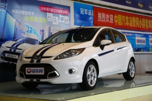 福特 嘉年华两厢 2012款 1.5L 自动 两厢动感限量版