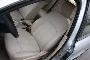 奇瑞A3三厢驾驶员座椅图片