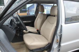 夏利驾驶员座椅图片