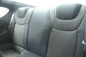 进口现代劳恩斯coupe 后排座椅