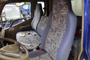 奥铃CTX驾驶员座椅图片