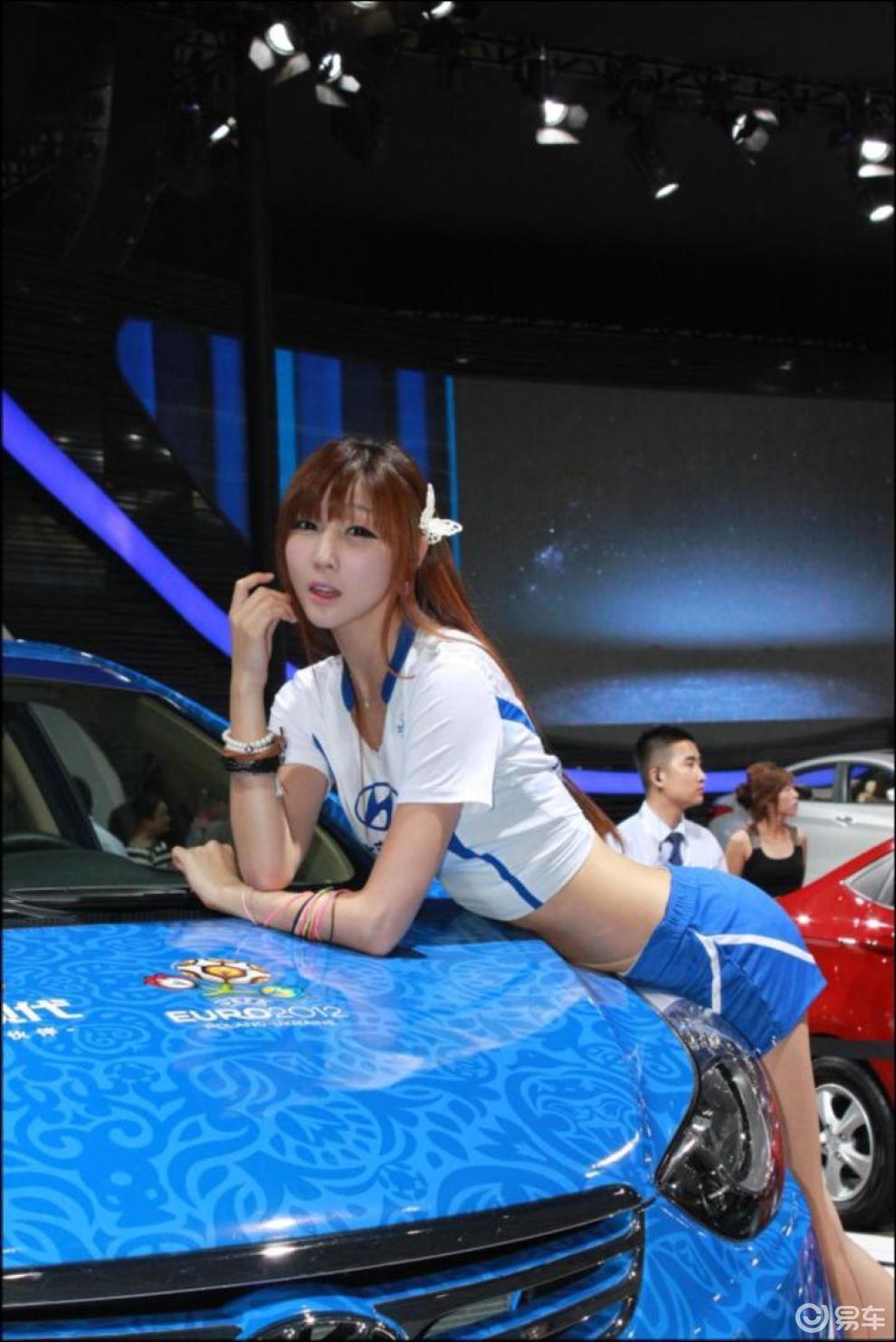 【北京现代美女车模图片】 易车网bitautocom 竖