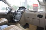 上汽大通MAXUS V80改装车完整内饰(中间位置)图片