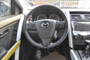 进口马自达CX-9 方向盘