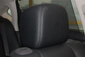 英菲尼迪M驾驶员头枕图片