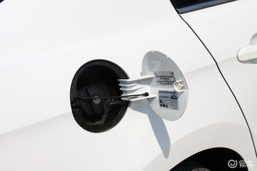 【捷达2013款1.6L 自动豪华型油箱盖汽车图片-汽车图片大全】-易车网高清图片