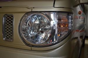 东风小康V29 大灯