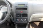 众泰Z200中控台正面图片