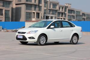 福特 福克斯 2013款 1.8L 自动 经典版三厢基本型