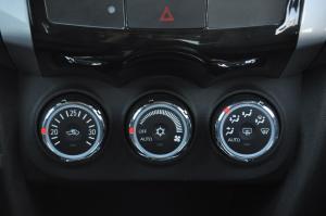 C4 AIRCROSS中控台空调控制键