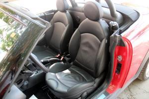 MINI ROADSTER驾驶员座椅图片