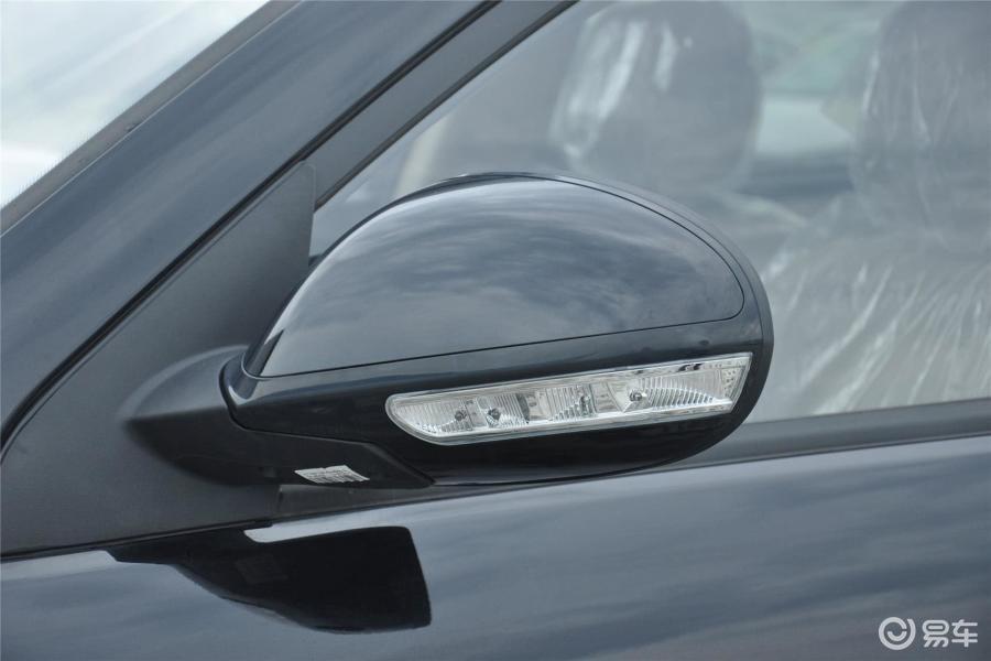 【吉利gx72013款1.8l 手动 尊贵型后视镜转向灯(前)
