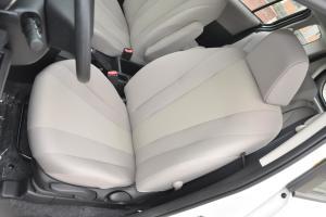 马自达5驾驶员座椅图片