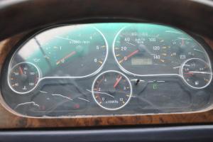 东风EQ6580ST系列仪表盘背光显示图片