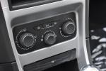 标致307两厢中控台空调控制键图片