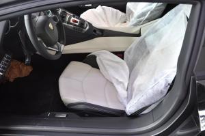 Aventador 驾驶员座椅