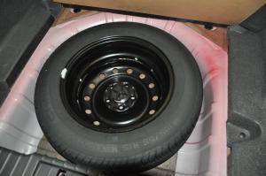 奇瑞A3两厢 备胎