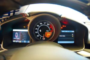 法拉利F12 berlinetta 仪表盘背光显示