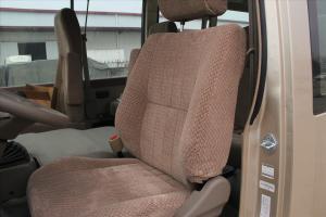 柯斯达驾驶员座椅图片