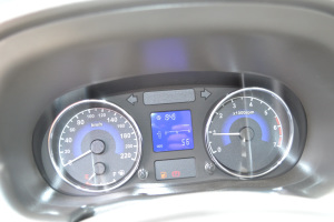 奇瑞E5仪表盘背光显示图片