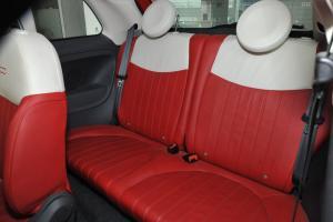 菲亚特500后排座椅图片