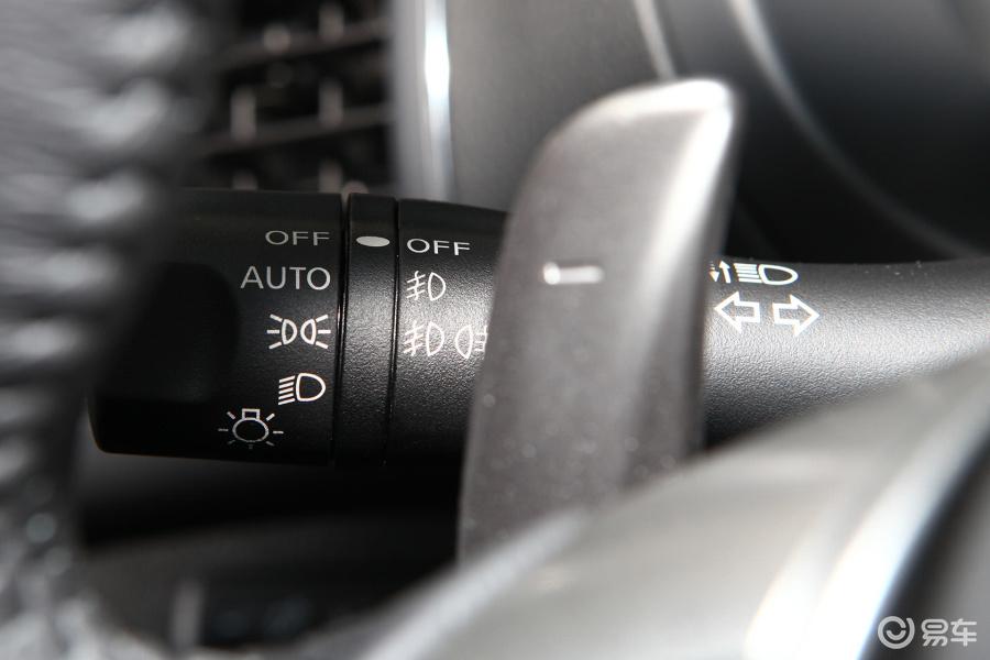 【新天籁2013款2.5XL 领先版大灯远近光调节柄汽车图片-汽车图片大图片