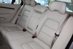 沃尔沃S80L后排座椅图片