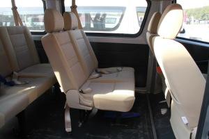 长安睿行M80后排座椅图片