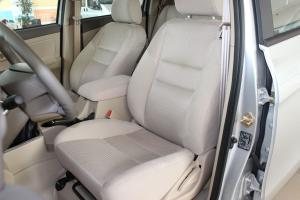 域虎驾驶员座椅图片