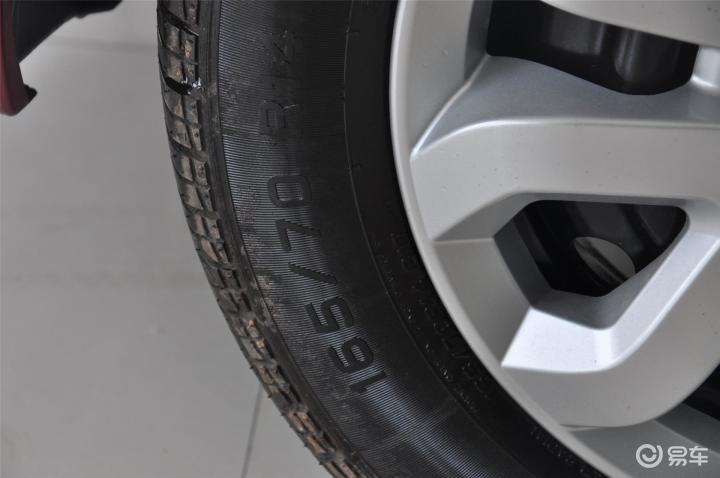 力帆330轮胎规格(523131);