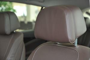宝马5系GT(进口)驾驶员头枕图片