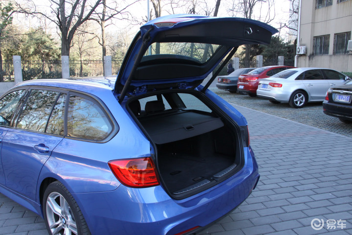 宝马3系旅行轿车行李厢开口范围(555393);
