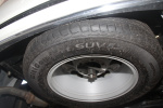 奥轩GX5 备胎