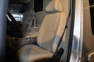 尊致驾驶员座椅图片