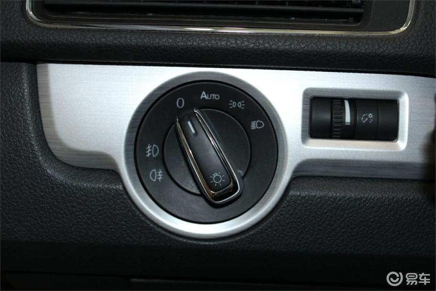 【帕萨特2013款1.8t 双离合 御尊版大灯开关汽车图片