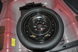 东南V6菱仕 备胎