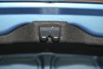 起亚K2三厢 空间—新雅蓝