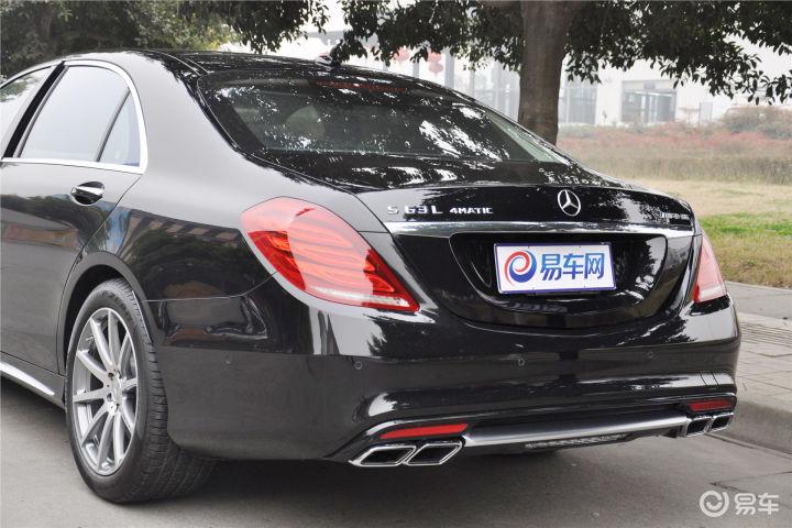 奔驰S级AMG车尾局部(511508);