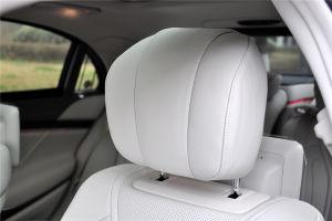 奔驰S级AMG驾驶员头枕图片